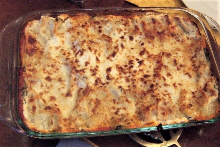 Perfect One-Dish Dinners: Quick, Creamy, Mushroom-Spinach Lasagna
