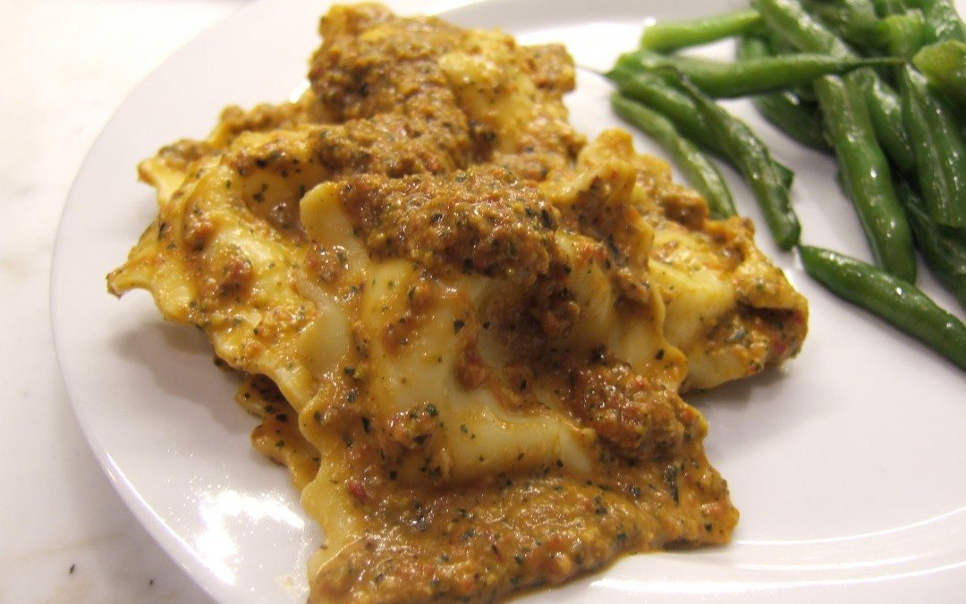 Cheese Ravioli with Roasted Red Pepper and Pistachio Pesto