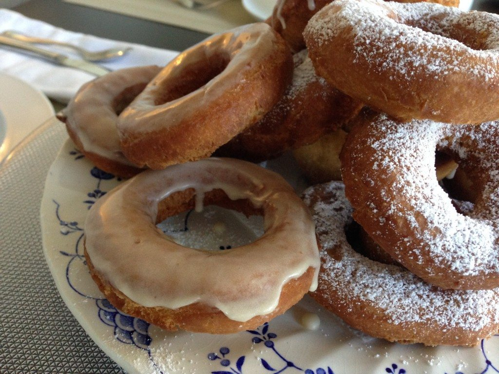 Maple Glazed Sour Cream Doughnuts with (or without ...